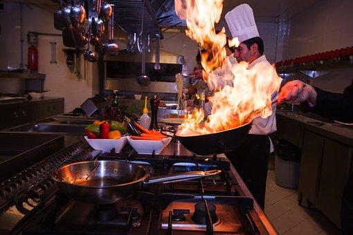 Prawda czy mit – mężczyzna lepszym szefem kuchni